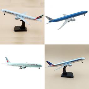 2 Miniatura Aviao Metal Boeing 777 19x16cm Trem Pouso