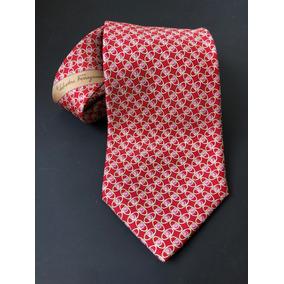 e06189f1e86f8 Gravata Salvatore Ferragamo - Vermelha Com Detalhes Dourados