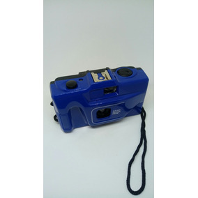 Câmera Fotográfica Analógica Antiga Com Alça Retrô