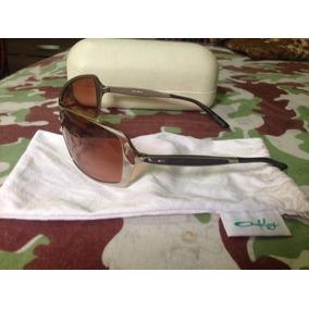 Oculos Feminino - Óculos De Sol Oakley Com lente polarizada no ... 90fd8c472a