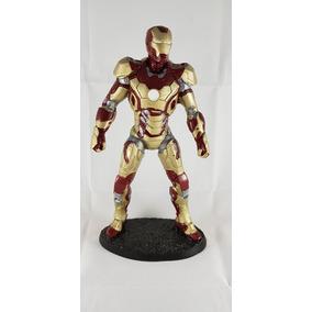8e5d37fbe2e Boneco Homem Ferro Feito Resina Iron Man - Bonecos e Figuras de Ação ...