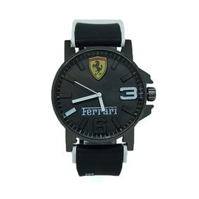 fd52988b22a Relógio Ferrari Borracha Masculino Autêntico E Estiloso. São Paulo · Relógio  Ferrari Borracha Preto E Branco
