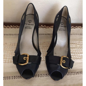 b07353ed713 Zapatos Prada Originales Tipo Wedge Azul Marino 25.5