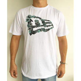 92e3be65dab35 Camiseta New Era Tee Dark Floral Flag
