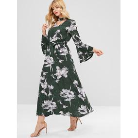 Vestido Largo Con Estampado Floreado Y Gargantilla