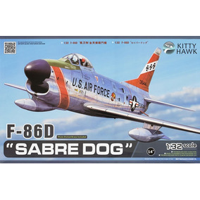 Avión F-86 D ¨sabre Dog¨ Kitty Hawk 1/32
