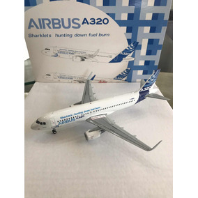 Airbus A320 W/sharklets 1:200