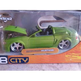 Miniatura Jada 1/24 2002 Ford Mustang Conversivel