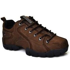 01f46783a83 Botinha Oakley Df Taguatinga - Calçados