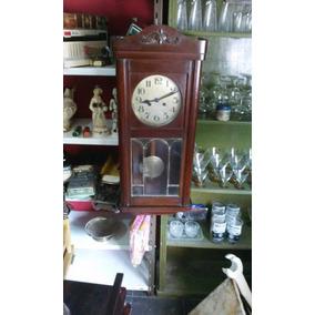 Antiguo Reloj A Pendulo De Pared Subasta (el Pasado)