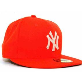Bone New Era 59fifty New York Yankees Tamanho 7 58 Bones ... e192e11417f