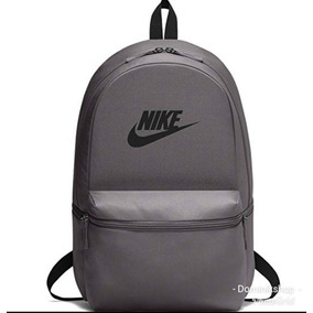 9c7232407f9cb Mochila Nike Heritage Backpack Con Porta Lap Color Gris