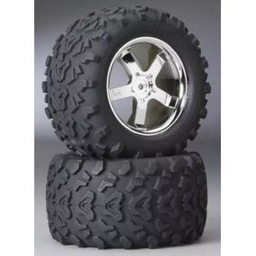 Trax 4973r - Traxxas 3.8 Tires On Hurricane Chrome T-maxx