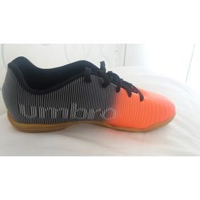 Chuteira Futsal Umbro Infantil Oficial N 34 E 35 - Chuteiras no ... 19f885d85ccbb