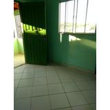 Vende-se Casa Com 2 Andares