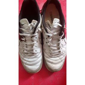Chuteira Futsal Tiempo Usada Nike - Chuteiras 92b711ebeeaa0