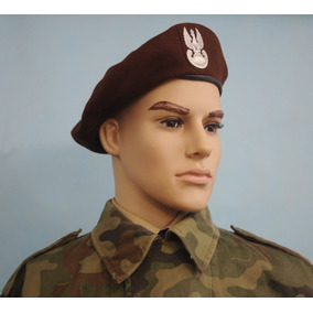 Boina Britânica - Cadete Marinha - T60 · Boina Polonia - Territorial  Defence - T58 40074dea8b3
