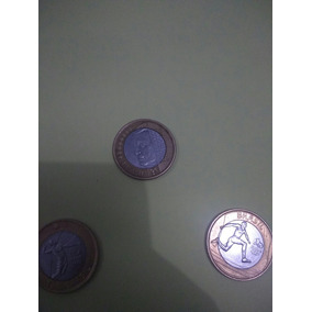 Moedas De 1 Real Sendo Do Ano De 2002 2014 E 2015