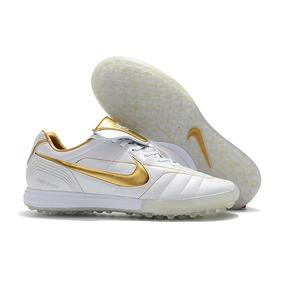 Linda Chuteira Nike Ronaldinho 10 - Chuteiras Nike de Society no ... f9b38cfedb38b