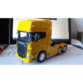 Miniatura Scania R730 Trucado - Welly- 1:32 Amarelo