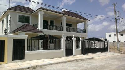 Aqui Esta La Nueva Casa De Tu Familia En Villa Maria Santiag