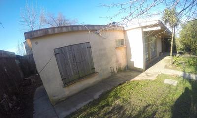 En La Mejor Zona Inmobiliaria Al Sur Y A Metros De La Rambla