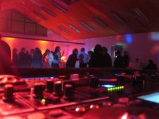 Dj Amplificación Iluminación Fiestas Matrimonios Y Eventos
