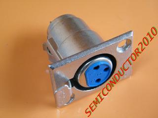 2x Conector Terminal Canon Hembra Para Chasis Con Seguro