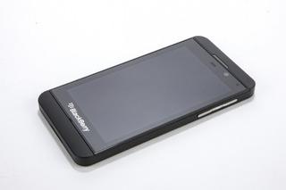 Blackberry Z10 16gb 3g Wifi 8mp Video Full Hd Color Negro