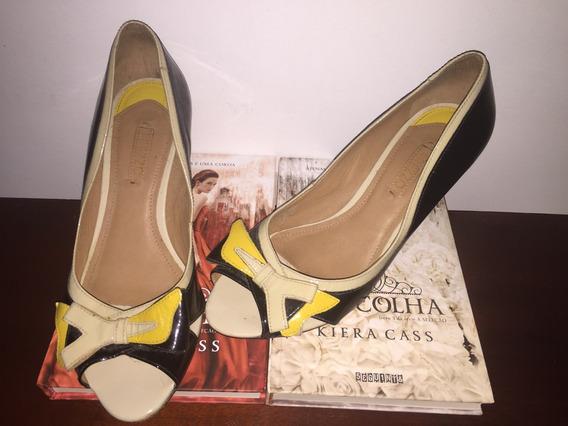 Peep Toe Arezzo Preto Com Amarelo