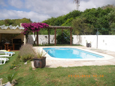 Casa C/piscina A 2 Cuadra De Playa En Aguas Dulces