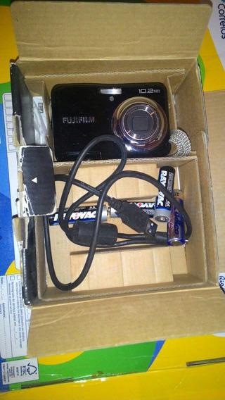 Fujifilm A170 / A175, 10,2 Megapixels, 2,7 Lcd