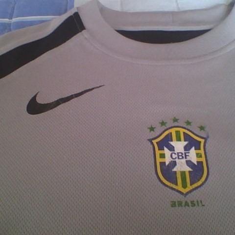 Camisa Goleiro Brasil Treino Confederações 2005 Nike