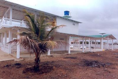 Casa En Playas Villamil - 1500mts2 Aprox., $ 145.000
