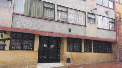Apertamento Primer Piso Centro Histórico De Bogotá