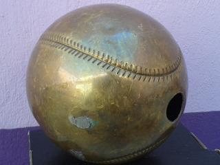 Pelota De Bronce De Base Ball (hueca/13cms De Diámetro)