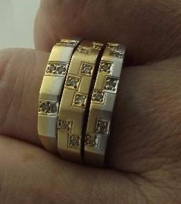Lindo Conjunto De 3 Aneis 18k750 C/ 15.65 Grs E 20 Diamantes