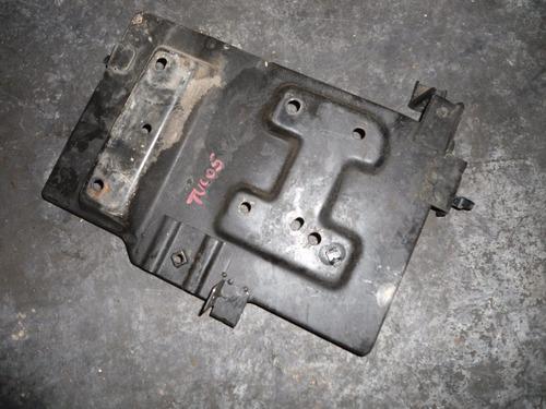 Base De Soporte De Bateria Hyundai Tucson Año 2005-2009