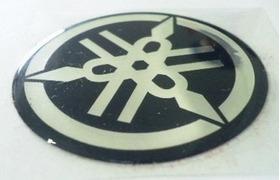 Adesivo Emblema Resinado Yamaha 2,5cm Rabeta Carenagem R1 R6