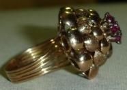 Anel Coroa Rubi- Aro 16 Ouro 18 K 750