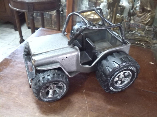 Jeep Antiguo En Hojalata Marca Buffalo De Coleccion