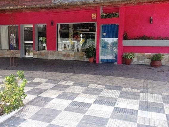 Local De Panaderia Con Casa De 3 Dorm En Planta Alta