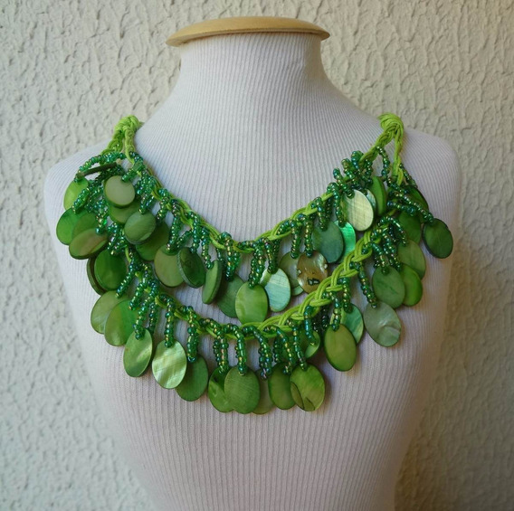 Colar Cordões Verde Com Pedra Madrepérola Natural Style