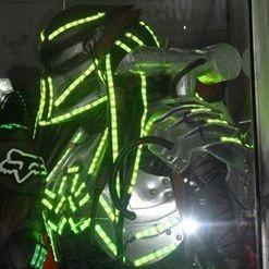 Disfras De Depredador Con Luces Led Para Hora Loca