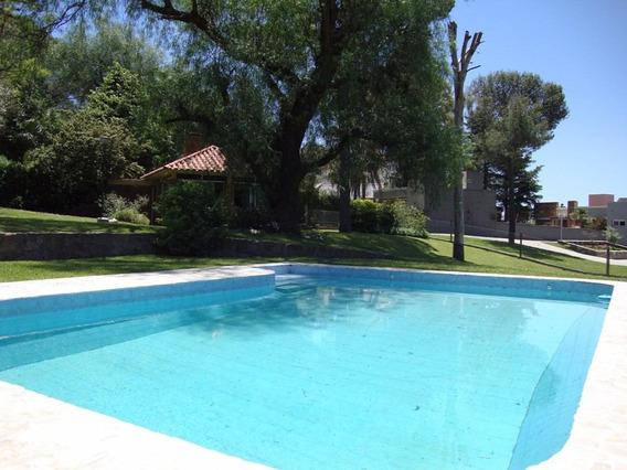 Muy Buena Casa Con Costa Al Lago En Villa Carlos Paz - 2020