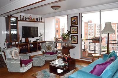 Apartamento En Plaza De Las Américas Con Club