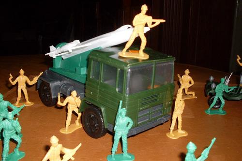 Soldaditos Camion  P/transportar Aviones C/bugui Y Soldados