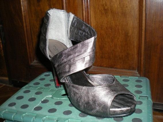 Zapatos Chalas Gris 38