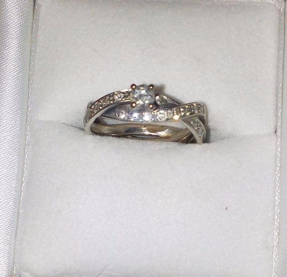 Anillo Compromiso Trenzado. Oro 14 K. Diamantes