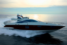 Azimut 103 2011 | Intermarine Ferretti Sunseeker Fairline